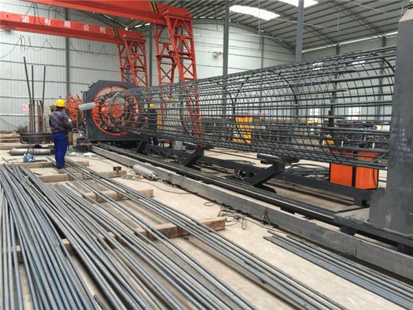 Najbolji zavareni strojevi za valjanje žičane mreže, promjer armature šavnih kaveza promjera 500-2000mm